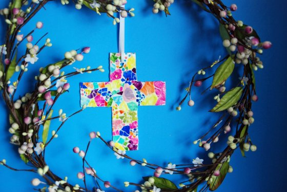 easter-mosaic-cross