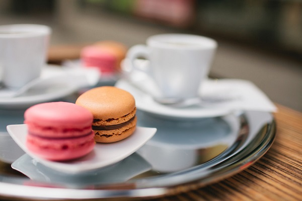 macaroons-coffee